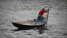 Ewakuacja w Bangladeszu (PAP/EPA/MONIRUL ALAM)