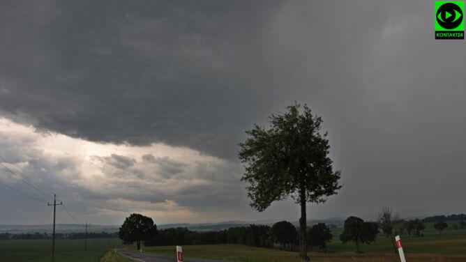 Strefa burzowa wciąż nad Polską. <br />Nocą zagrzmi w wielu regionach